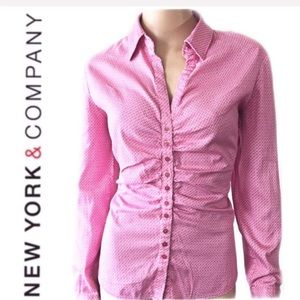 💚 New York & Company Pink Shirt Size L